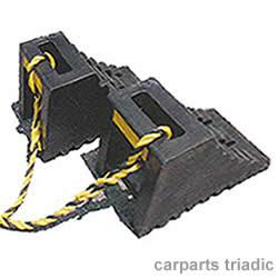 置き忘れ防止!【その他】ハイプラ歯止め A型 反射鏡付 黒 2個 ロープ付(1.2m)トラック用タイヤストッパー